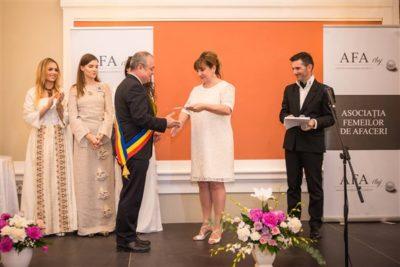 Emil Boc, primarul orașului Cluj-Napoca, și Mihaela Rus, președintele AFA Cluj