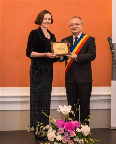 Ștefana Pop-Curșeu, manager cultural Teatrul Național Cluj-Napoca, și Emil Boc, primarul orașului Cluj-Napoca
